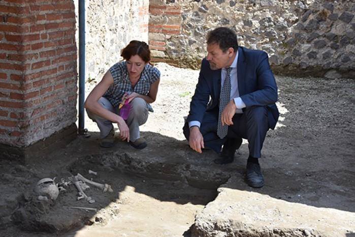 Arqueólogos, arquitetos, engenheiros e cientistas trabalham em conjunto para restaurar área (Foto: Reprodução/Parco Archeologico Di Pompeii )