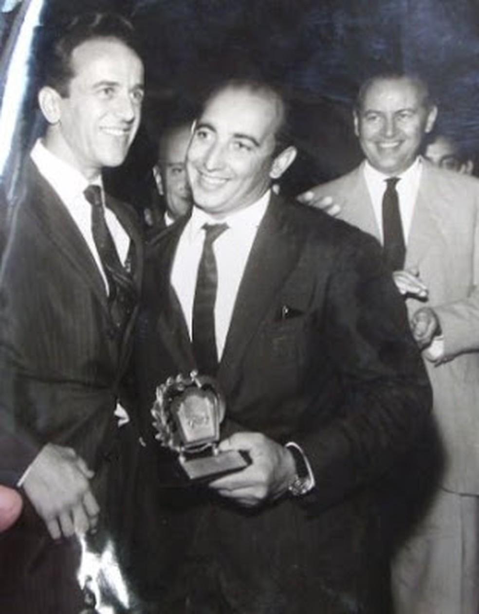 Mário Olivetti e Antonio Carlos Avallone em uma prova vencida em Interlagos — Foto: Arquivo pessoal