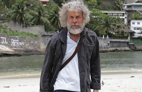 Marido de Griselda, Pereirinha (José Mayer) era um pescador que foi dado como morto há muitos anos. Ele reapareceu quando soube que ela tinha ficado rica TV Globo