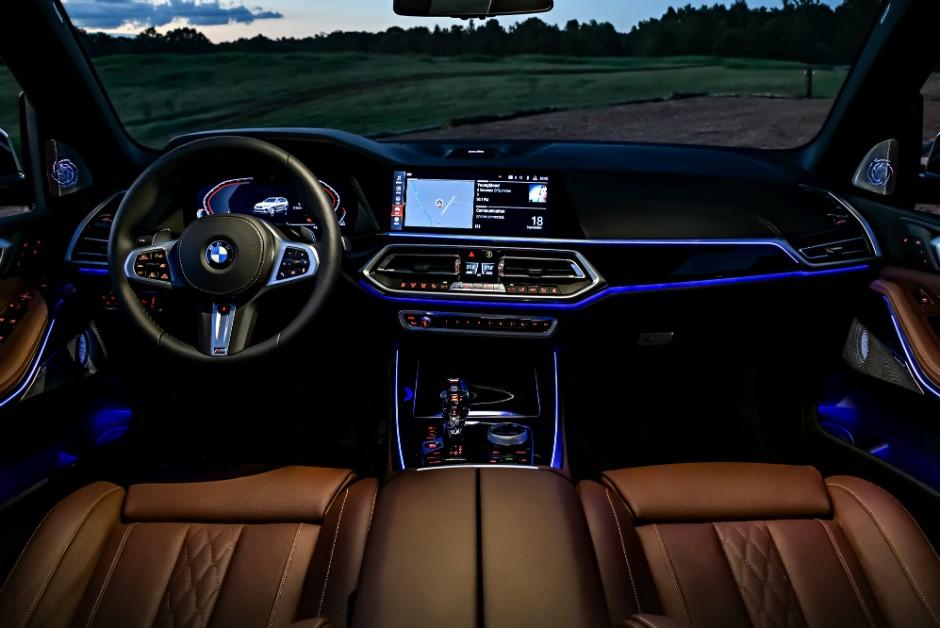 Interior da quarta geração do BMW X5 (Foto: Divulgação)
