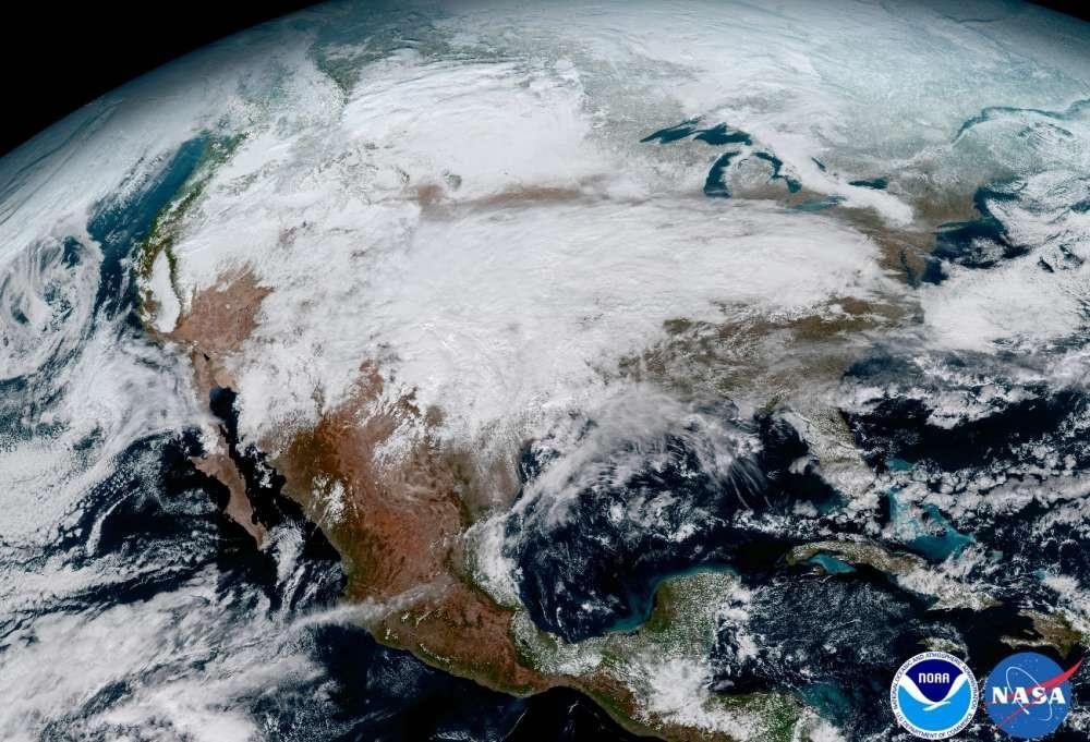 (Foto: NASA/ NOAA)