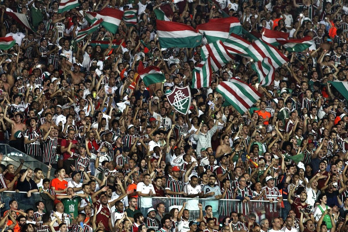 Fluminense x Atlético-PR  mais de 30 mil ingressos vendidos para semifinal  da Sul-Americana ec43b76b571d3