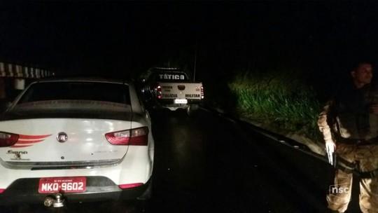 Taxista é degolado e jogado em terreno baldio em Rio Negrinho