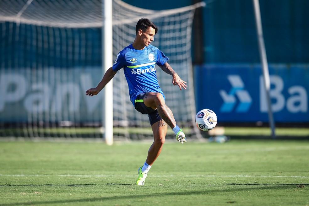 Ferreira assume vaga de Pepê no ataque — Foto: Lucas Uebel / Grêmio FBPA