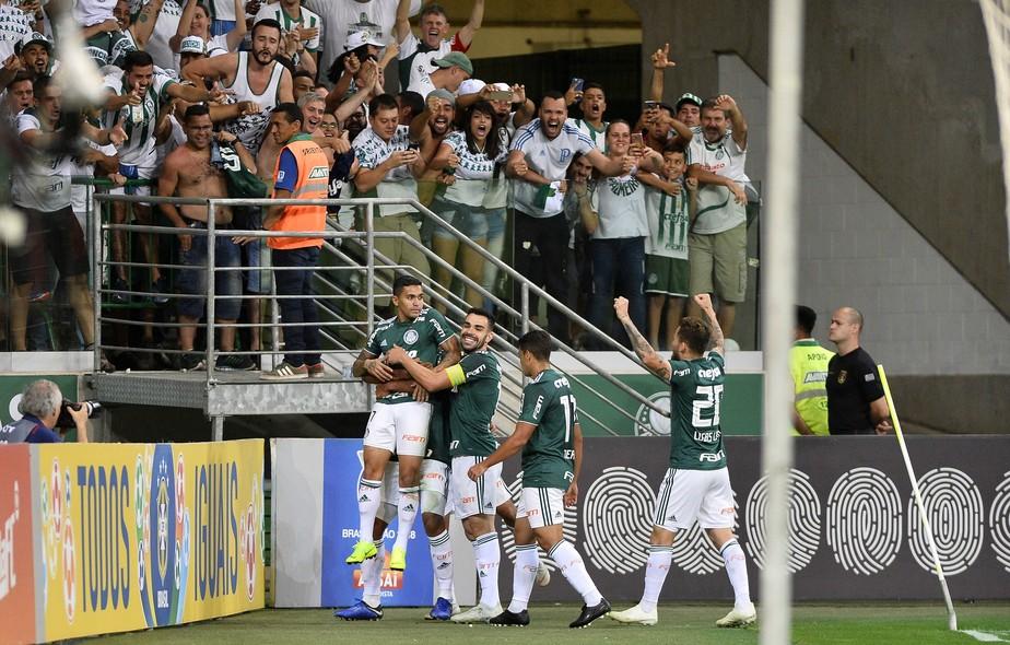 Histórico mostra que Palmeiras pode ser campeão com mais duas vitórias e um empate