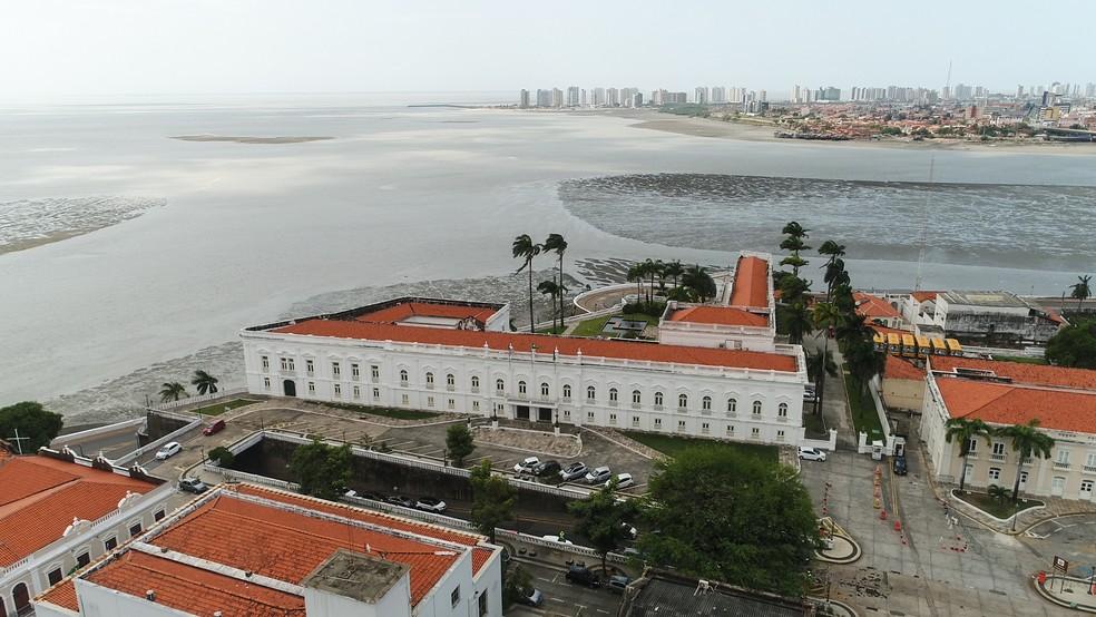 Praça Dom Pedro II, local onde aconteceu a fundação de São Luís, em 1612. (Foto: Paulo Soares/O Estado)