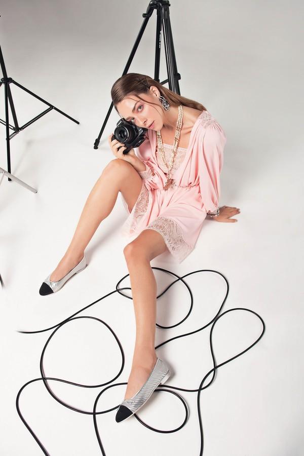 Que tal investir na carreira de fotógrafa? (Foto: Higor Bastos/Arquivo Vogue Brasil)