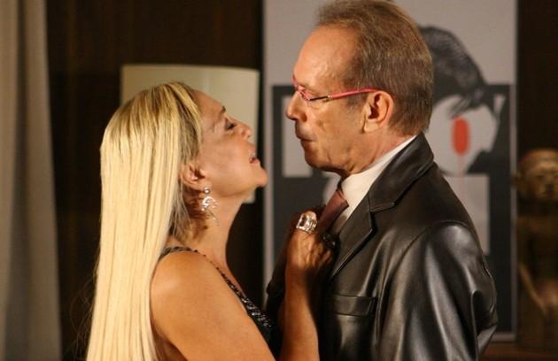 Outra parceria com Susana Vieira, na novela 'Duas caras' (Foto: TV Globo)