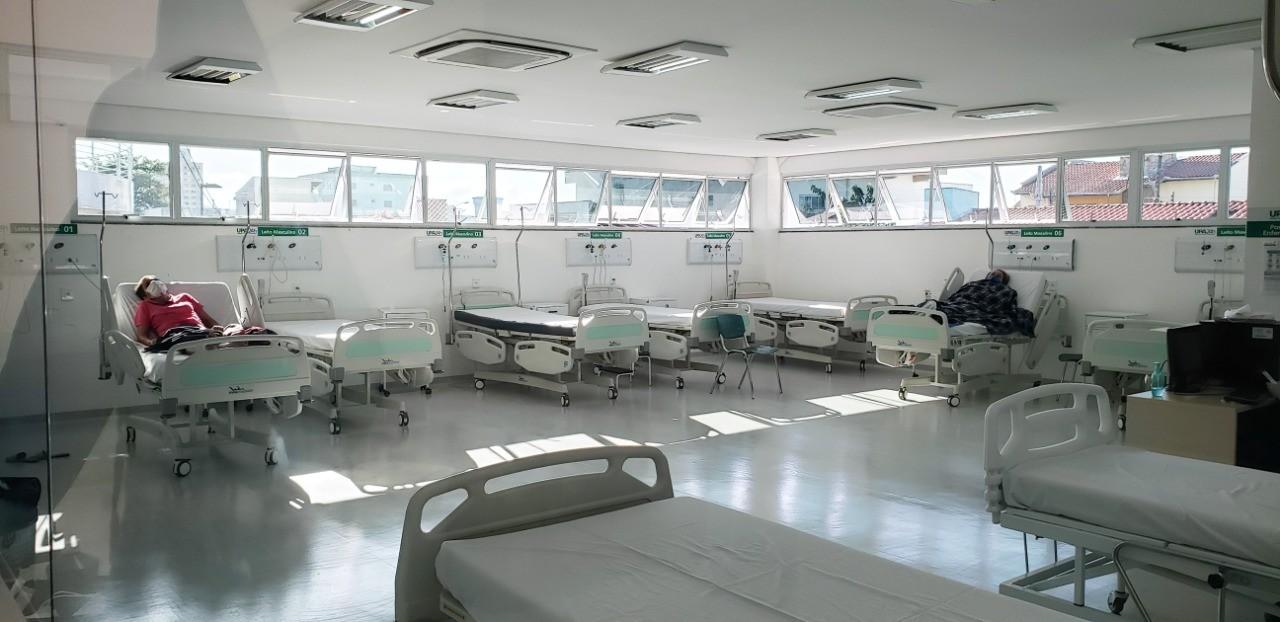 Governo reforça hospitais que recebem pacientes de Covid-19 com novos equipamentos