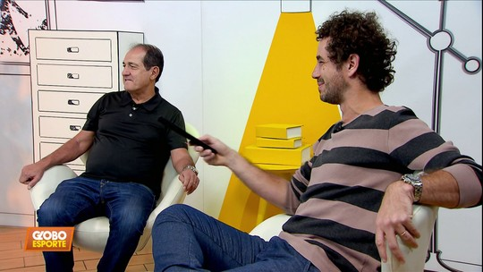 """Beijo gay, música e mundial do Palmeiras: """"Muricy Aleatório"""" faz jus ao nome no segundo episódio"""