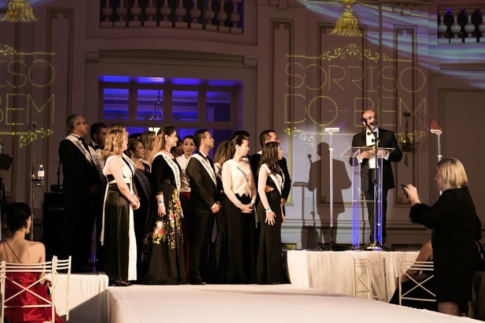 Evento em Poços de Caldas (MG) vai premiar melhores dentistas pela ONG Turma do Bem. (Foto: Divulgação)