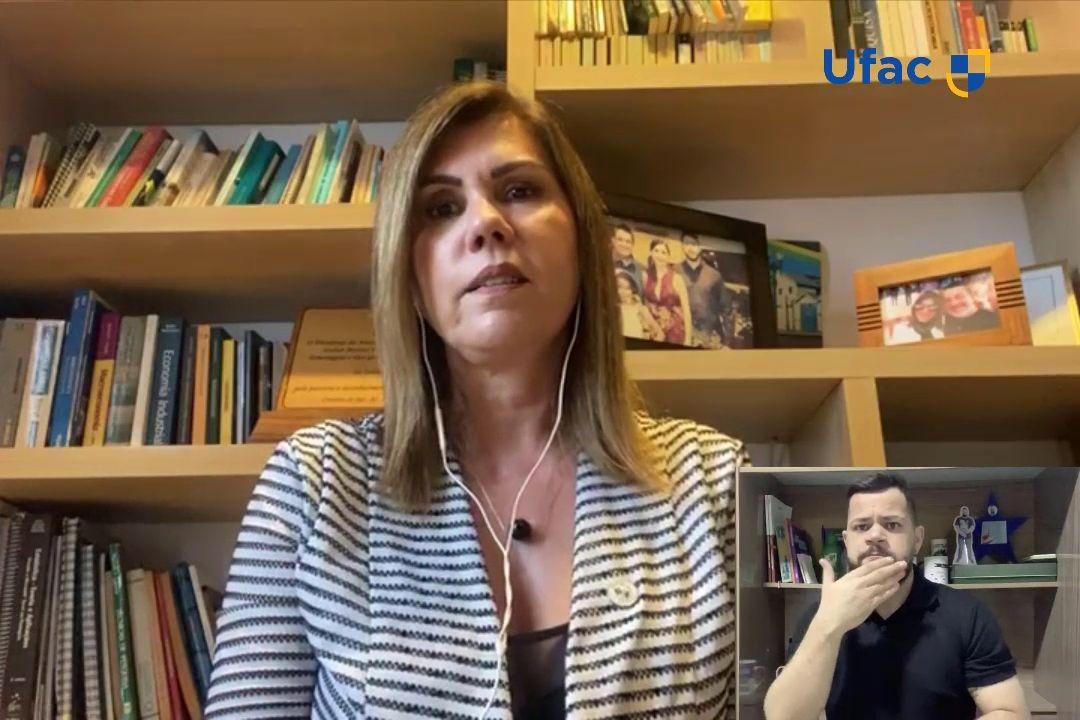 Diante da pandemia de Covid-19, Ufac oferece 1,2 mil bolsas de R$ 200 a alunos em vulnerabilidade social