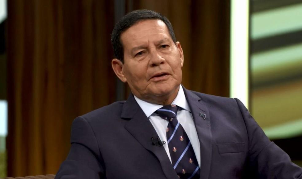 Vice-presidente do Brasil, Hamilton Mourão participou do 'Conversa com Bial' — Foto: TV Globo