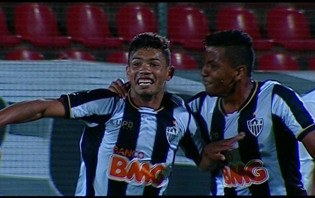 Carlos, atacante do Atlético-MG (Foto: Reprodução / SporTV)
