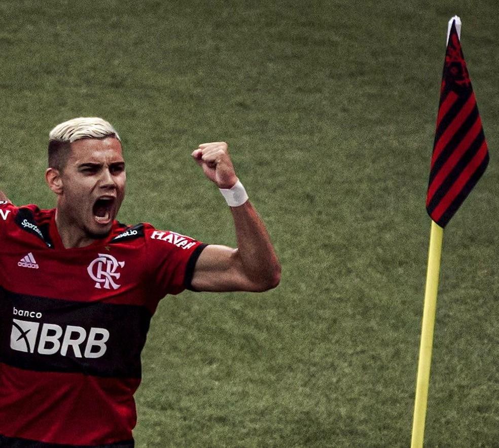 Andreas comemora gol do Flamengo sobre o Barcelona de Guayaquil — Foto: Pedro Vale / Foto FC