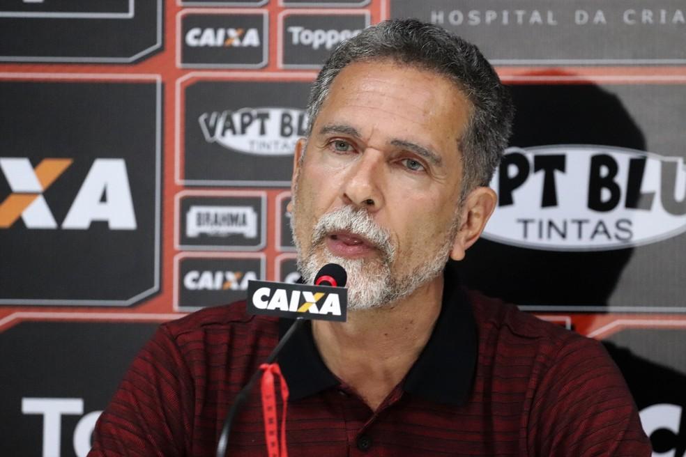 a8c0ee20ec7dd ... Ricardo David falou com a imprensa sobre a demissão de Paulo Cézar  Carpegiani — Foto