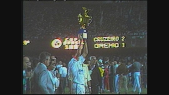 "Primeira Copa do Brasil do Cruzeiro completa 25 anos: ""por onde anda"", bastidores e até diarreia"