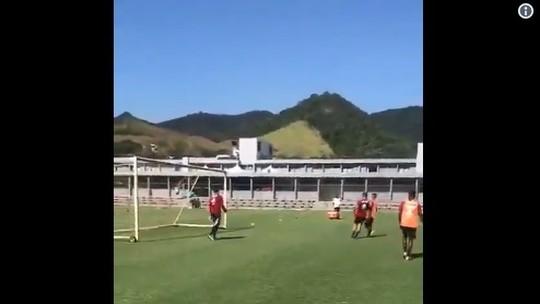 """#10yearschallenge? Arrascaeta e Gabigol evitam comparações no Flamengo: """"Peso dividido por todos"""""""