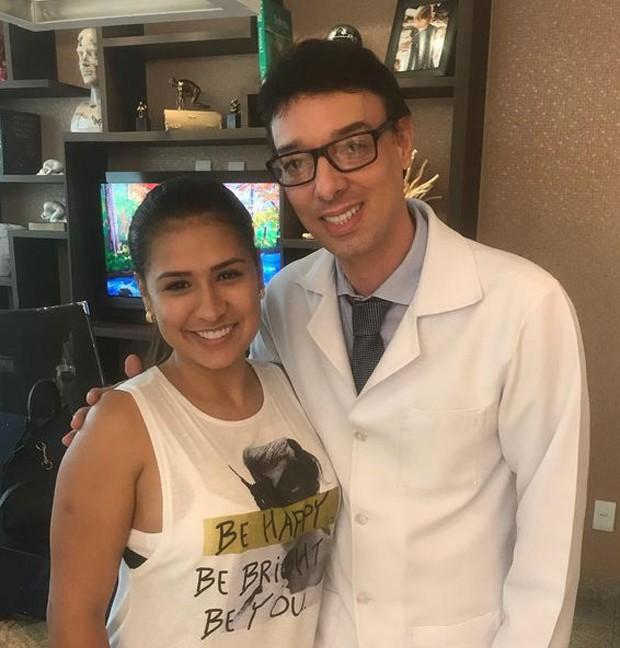 Simone e seu médico Weder (Foto: Reprodução/Instagram)