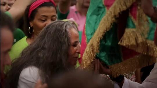 'Fevereiros', sobre desfile da Mangueira em homenagem a Bethânia, ganha trailer; assista