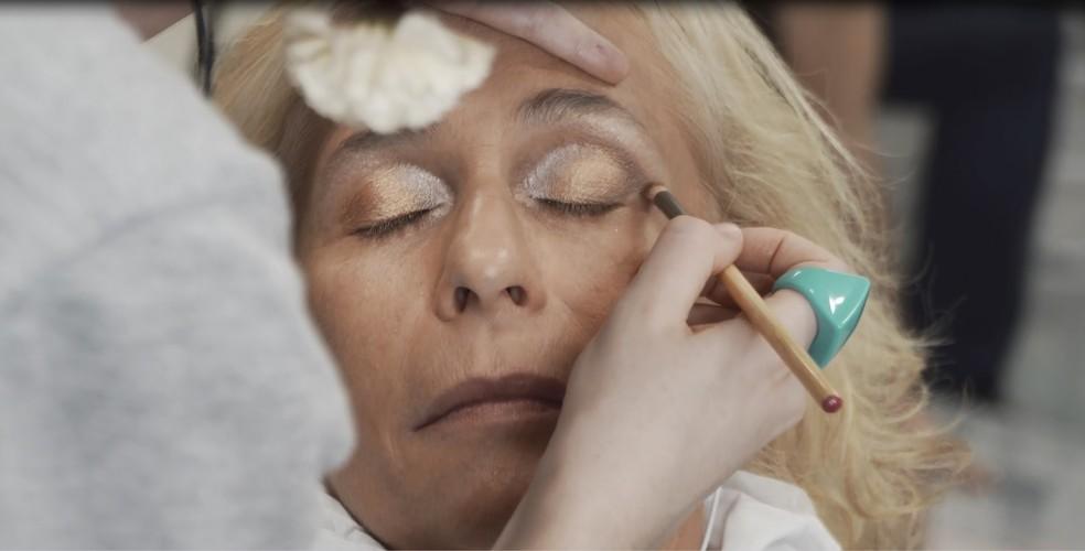 Andréa Beltrão se transforma em Hebe para viver a estrela — Foto: Henrique Hennies