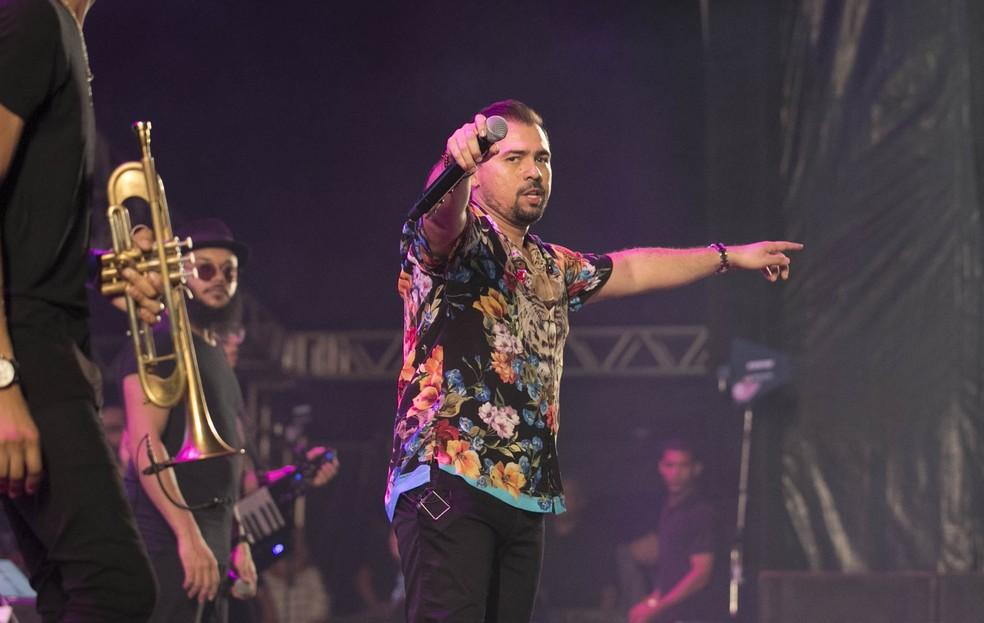 Aviões do Forró teve show repleto de sucessos da banda, no São João da Capitá — Foto: Charles Johnson/Divulgação