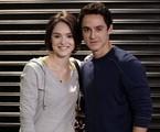 Giane (Isabelle Drummond) e Caio (Thiago Amaral)   Reprodução