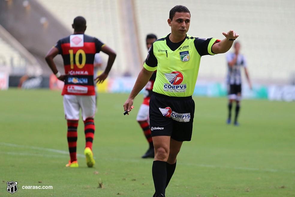 Árbitro cearense Léo Holanda apita jogo de estreia do Altos na Copa do  Nordeste 2019 | copa do nordeste | ge
