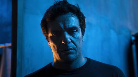 Nos bastidores de 'Carcereiros', Rodrigo Lombardi dá spoiler sobre  Adriano; veja vídeo!