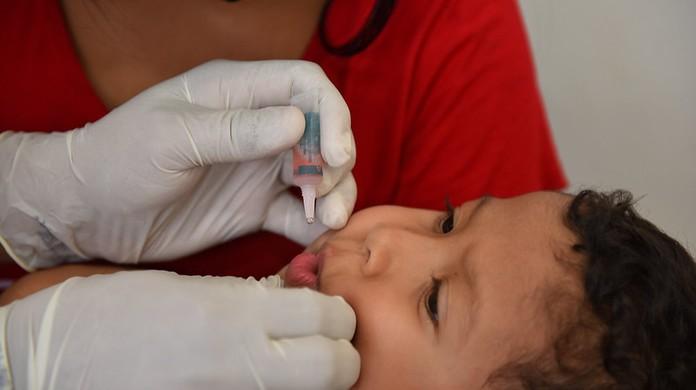 Campanha de vacinação contra pólio e sarampo é prorrogada até o dia 20 de  novembro em MG | Minas Gerais | G1