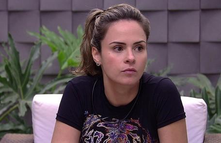 Na edição de 2016, Ana Paula foi desclassificada depois de ter descumprido a regra do programa que diz que não se pode agredir outro participante fisicamente TV Globo