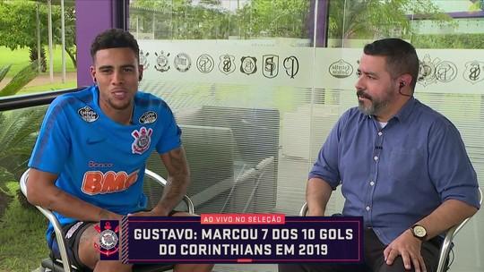 """Em alta no Corinthians, Gustagol relembra """"geladeira"""" com Petkovic no Criciúma"""