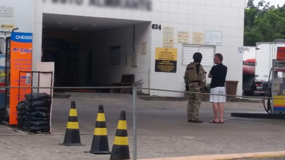 Trio explode cofre em posto de combustíveis em Campina Grande