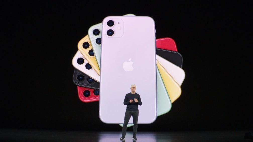 Tim Cook, CEO da Apple, apresenta iPhone 11 nos estados Unidos — Foto: Reprodução