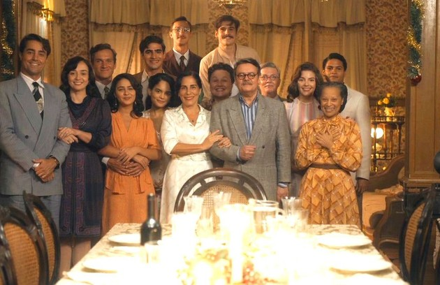 Na teledramaturgia, 'Éramos seis', em plena reta final em março, foi linda até o último capítulo. Mas quase toda a programação entrou em reprise (Foto: TV Globo )