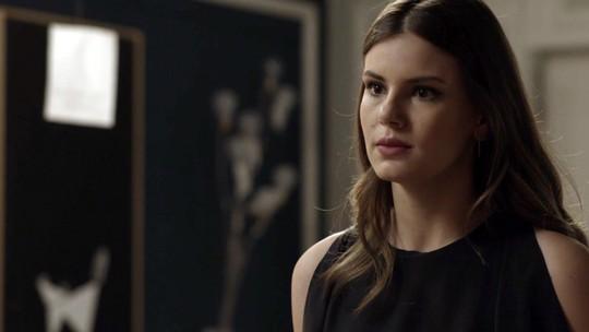 Teaser: Luíza dá lição de moral em Bebeth