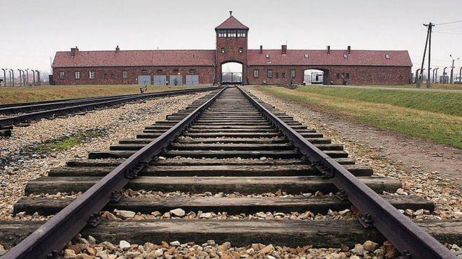 A polêmica sobre campos de extermínio nazistas que opôs a Polônia ao Netflix - Notícias - Plantão Diário