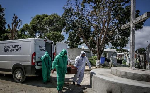 Brasil lidera em novas mortes por covid-19 pelo segundo dia seguido