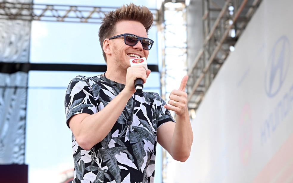 O cantor Michel Teló se apresenta em Cuiabá — Foto: Celso Tavares/G1