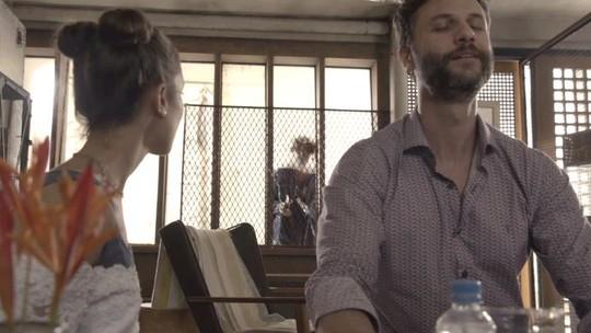 Álvaro encontra cativeiro de Verena