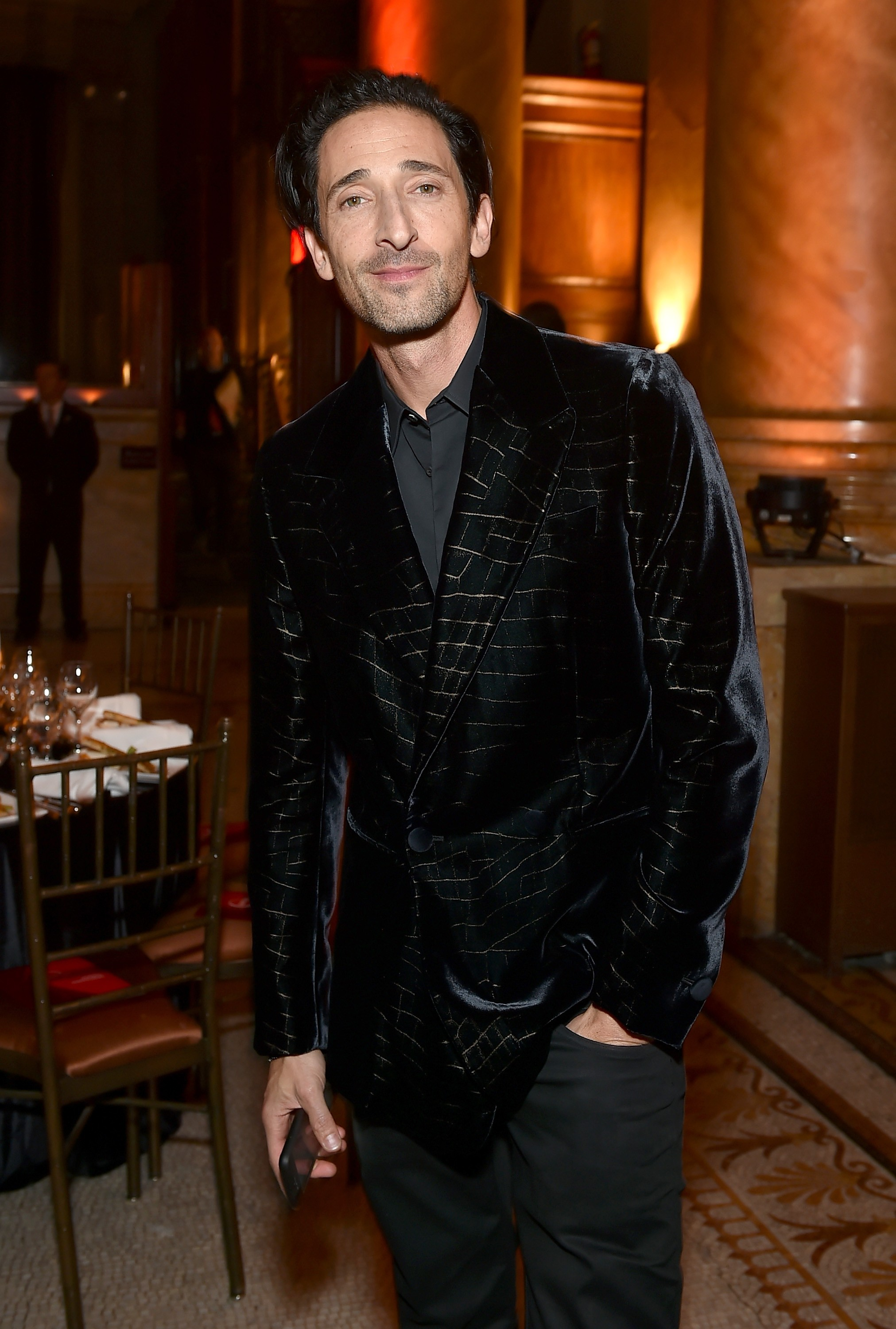Adrien Brody no gala da amfAR em Nova York (Foto: Getty Images)
