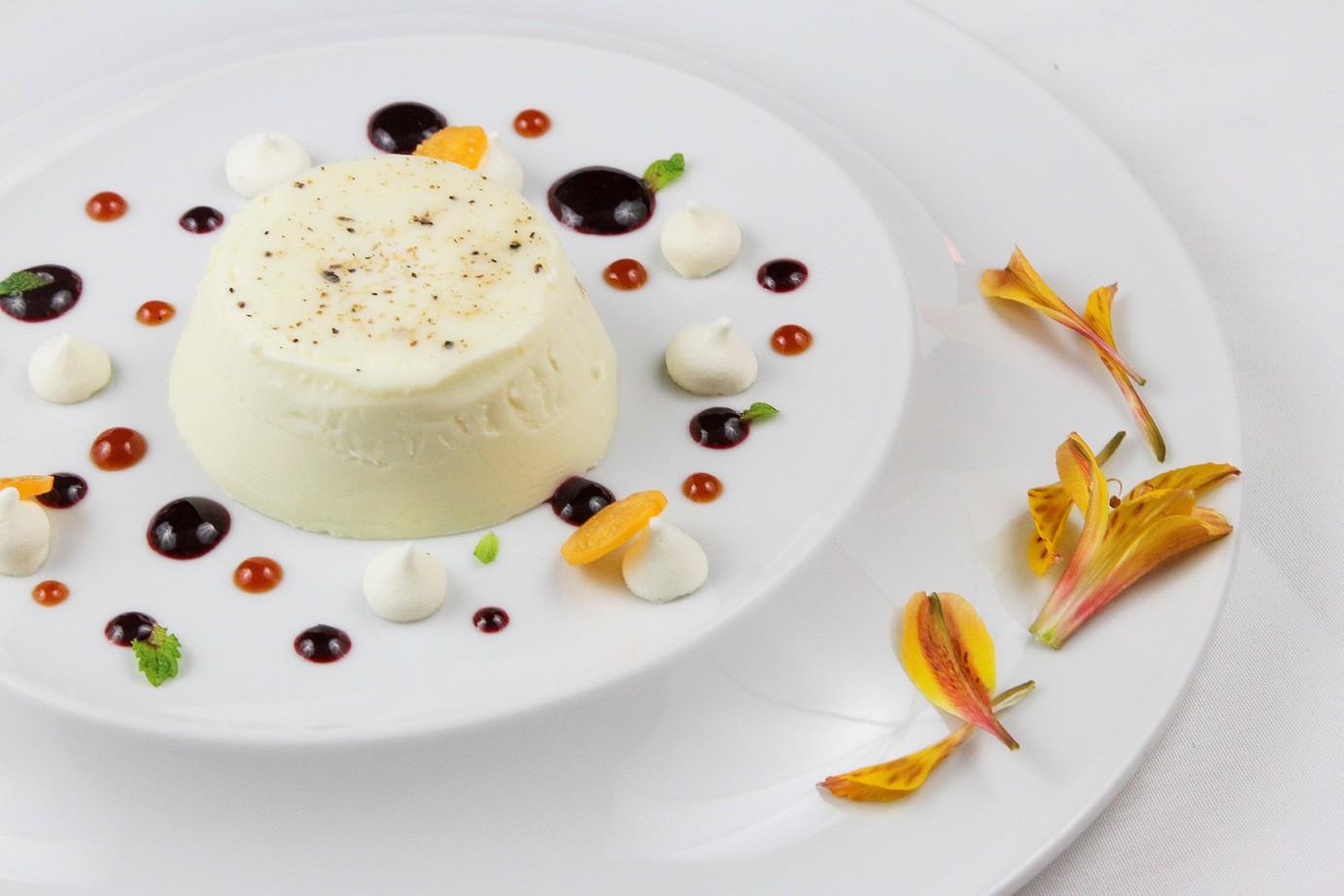 A panna cotta do chef Daniel Hollanda (Foto: Evelen Gouvêa)