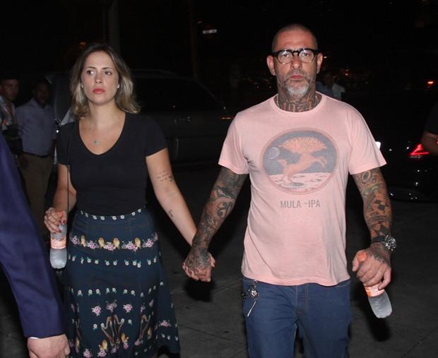Henrique Fogaça e Carine Ludvic (Foto: Amauri Nehn/Brazil News)