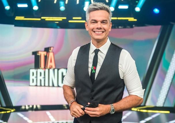 Otaviano Costa apresenta seu primeiro programa solo, o Tá Brincando (Foto: Divulgação)