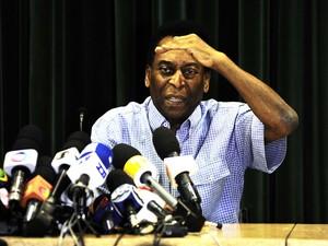 Pelé, alta de hospital albert einstein, SP, entrevista coletiva (Foto: Marcos Ribolli/Globo Esporte)