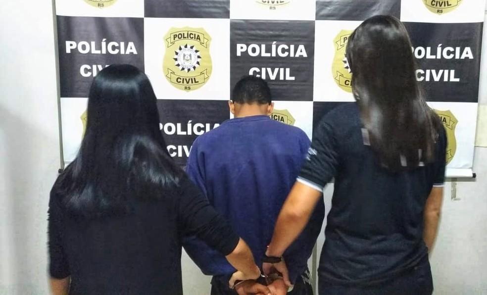 Suspeito foi preso no fim da tarde de segunda (26), em Cachoeirinha. Conforme delegado, a ex havia obtido medida de proteção contra ele — Foto: Polícia Civil/Divulgação