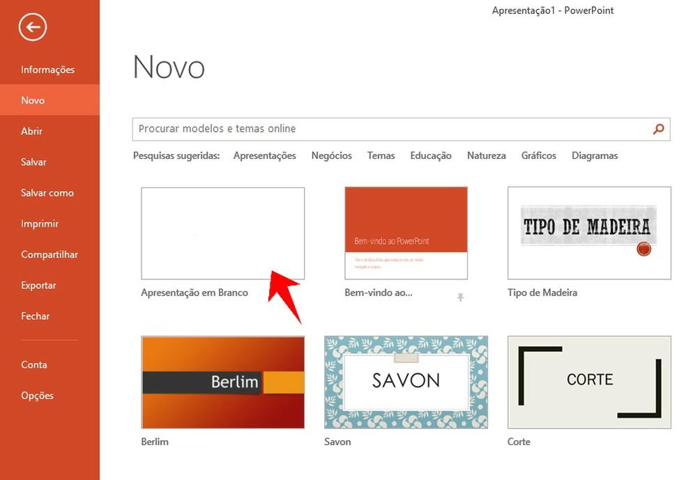 Abrindo uma apresentação de slides em branco no PowerPoint — Foto: Reprodução/Rodrigo Fernandes
