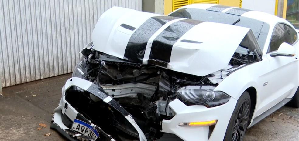 Motorista disse que perdeu o controle da direção após um veículo invadir a pista onde ele estava — Foto: Reprodução/RPC