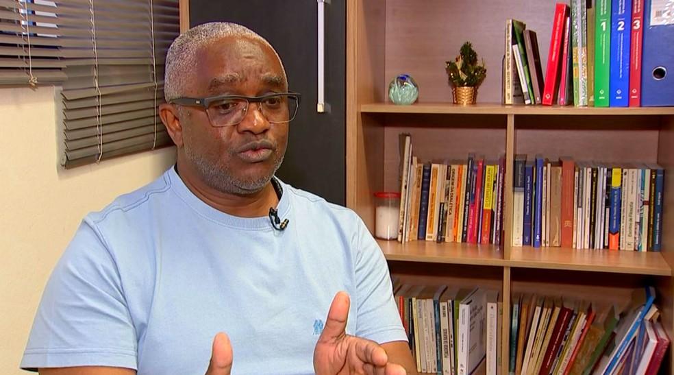 Professor Juarez Xavier é presidente da Comissão de Averiguação  — Foto: TV TEM/Reprodução