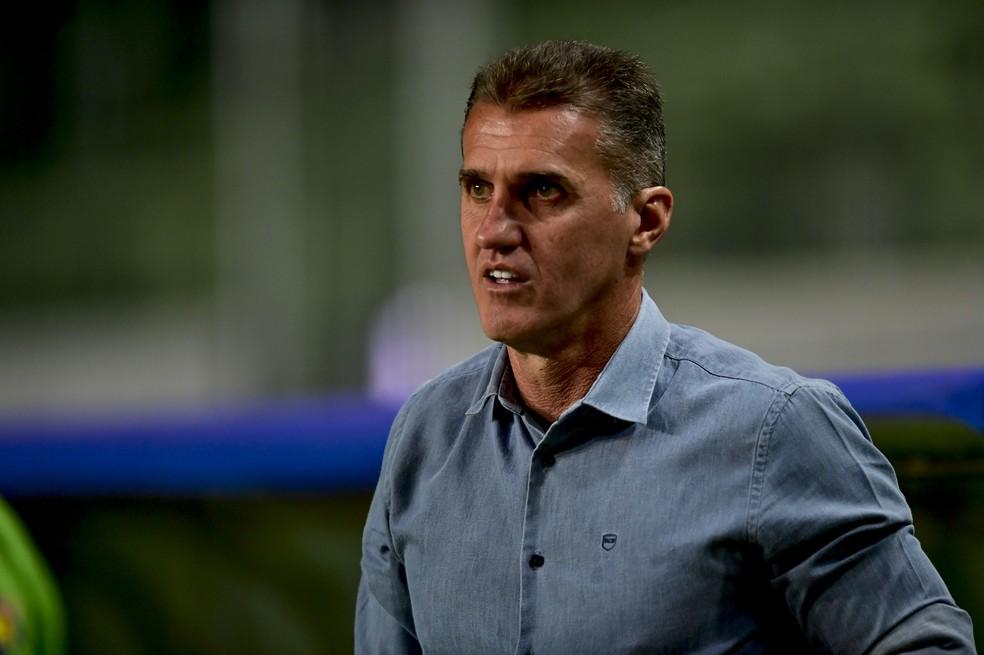 Vagner Mancini no comando do América-MG — Foto: Mourão Panda / América-MG